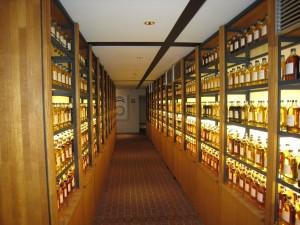 japan-yamazaki-whisky-42283-h